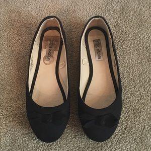 💜NEW LISTING💜 Steve Madden Black Ballet Flats